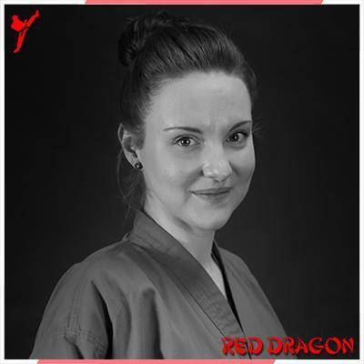 TEAM RED DRAGON - Karoline